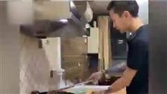 Gu em là một anh chàng biết nấu ăn