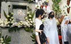 Lễ an táng Vân Quang Long tại quê nhà Đồng Tháp: Vợ cũ Ái Vân đeo tang cùng bố mẹ nam ca sĩ lo hậu sự, vợ 2 Linh Lan vắng mặt