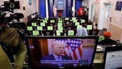 Đêm cuối cùng của ông Trump tại Nhà Trắng: Không lộ mặt, phát video và ân xá