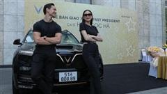 Hà Hồ và Kim Lý tiếp tục ủng hộ thương hiệu Việt khi sở hữu thêm VinFast President