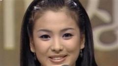 Song Hye Kyo gây bão cực mạnh với hình ảnh 23 năm trước được tiết lộ, nhan sắc đỉnh cao đến mức bay thẳng lên top Naver