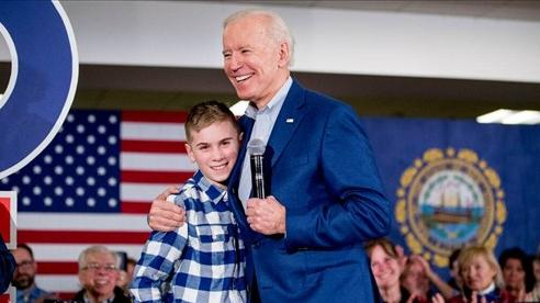 Cậu bé nói lắp thay đổi nhờ câu nói của Tổng thống Joe Biden