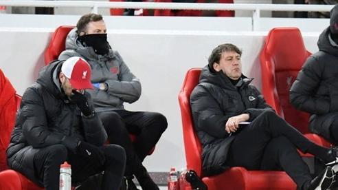 HLV Klopp: 'Liverpool bị đấm thẳng vào mặt, là lỗi của tôi'
