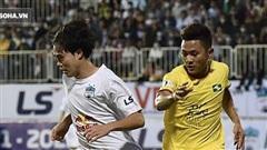 Tiền vệ Minh Vương: 'Cảm ơn bầu Đức đã mang HLV Kiatisuk về HAGL'