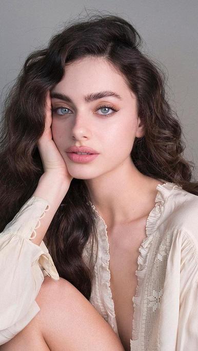 Người mẫu có 'gương mặt đẹp nhất thế giới' vẫn bị chế giễu ngoại hình
