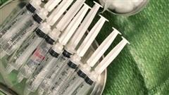 ĐỪNG LỠ ngày 25/1: Cả xóm mua silicon về tự tiêm gây biến chứng hàng loạt, một phụ nữ tử vong ở Trà Vinh; Phạt nặng việc đổi tiền kiếm lời dịp Tết