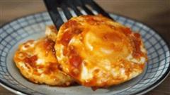 Làm trứng xốt chua ngọt ngon miệng đẹp mắt như đầu bếp chuyên nghiệp