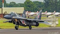 Ba Lan mua thêm JASSM-ER, lập lực lượng đặc biệt chống Nga