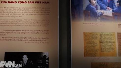 """Triển lãm """"Đảng Cộng sản Việt Nam - Từ Đại hội đến Đại hội"""""""