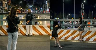 Không nắm lệnh cấm, nhiều teen Đà Nẵng vẫn tụ tập chụp ảnh ở khu vực hầm chui sông Hàn