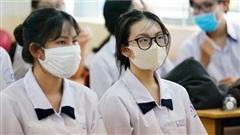 Hơn 2000 học sinh TP.HCM nghỉ học vì tiếp xúc với bệnh nhân 1347 Covid-19