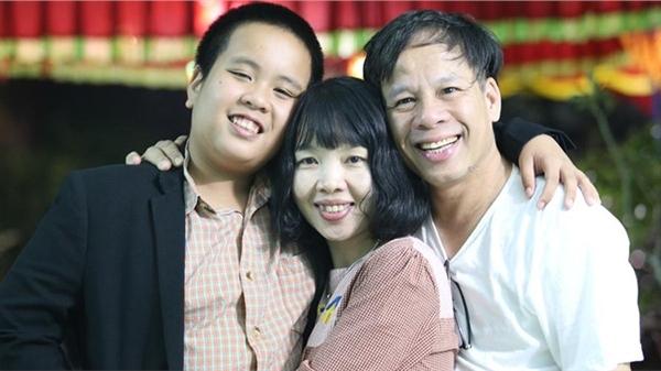 Bố thần đồng Đỗ Nhật Nam tiết lộ con trai 'stress triền miên' nhưng vẫn xuất sắc đạt GPA loại A+ và tiền thưởng 4500 USD