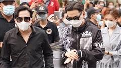 Trấn Thành, Lê Giang, Hiếu Hiền và dàn sao Việt đến tang lễ đưa tiễn NS Chí Tài