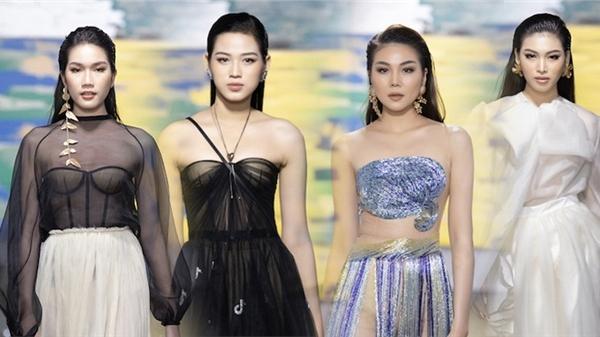 Top 3 Hoa hậu Việt Nam 2020 mở màn, siêu mẫu Thanh Hằng kết màn show diễn NTK Trần Hùng