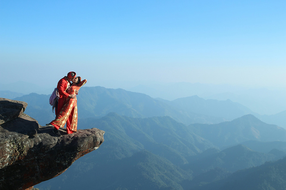 Hiện tại, Kim Phượng và Huy Thành vẫn tiếp tục hành trình xe máy xuyên Việt của mình và quyết tâm thực hiện ao ước đi qua 63 tỉnh thành chụp ảnh cưới, chinh phục 4 cực, tứ đại đỉnh đèo và các 'mỏm đá sống ảo' nổi tiếng Việt Nam.