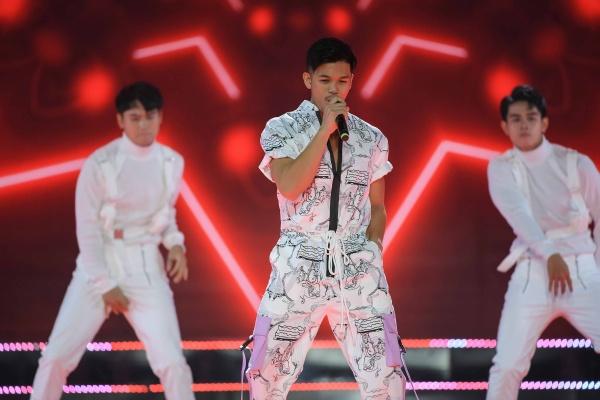 Thu Minh hát 'I am Diva' tại chung kết HHHV Việt Nam 2019, Trọng Hiếu khiến dân tình phát sốt với body cực đỉnh 2