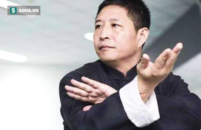 Sư phụ của Lý Liên Kiệt bất ngờ nhận lời đấu cao thủ Thiết Sa Chưởng khiến võ lâm xôn xao