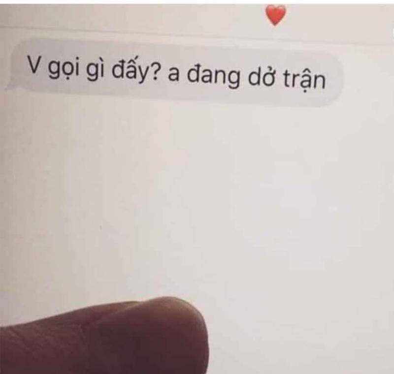 Tin nhắn mà vị bác sĩ nhìn thấy trong điện thoại của sản phụ vừa qua đời