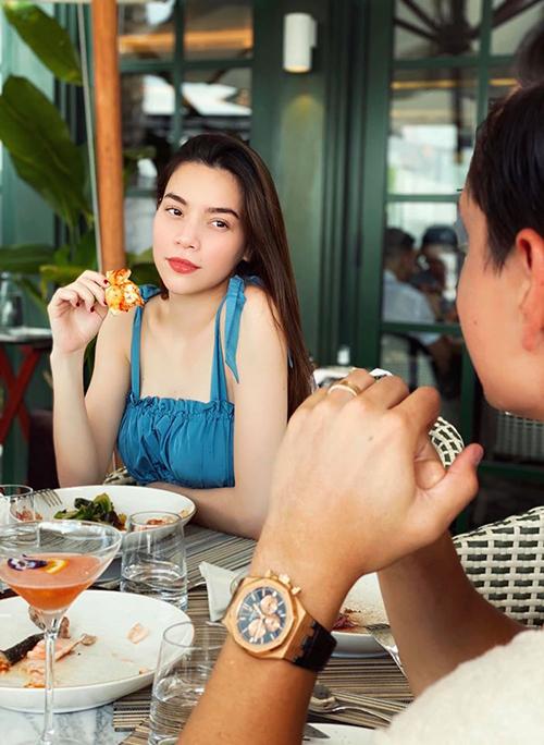 Đi du lịch, Subeo có hành động 'lạ' với Kim Lý 9