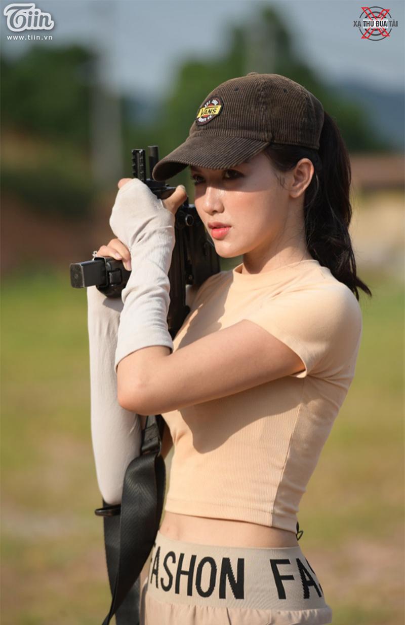 Hotgirl Hà Vũ tại chương trình Xạ thủ đua tài 2020