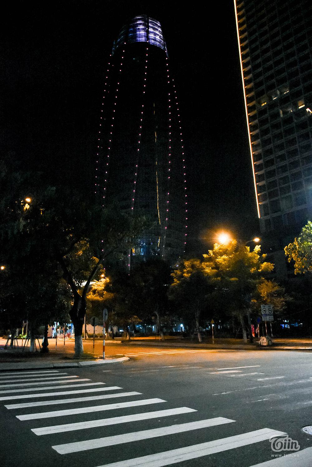 Con đường Trần Phú, nơi nhìn trọn Trung tâm hành chính.