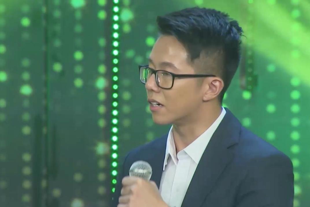 Không có gì lạ: 'Cực phẩm' chiếm được bó hoa của Hương Giang chính là CEO Matt Liu! 6