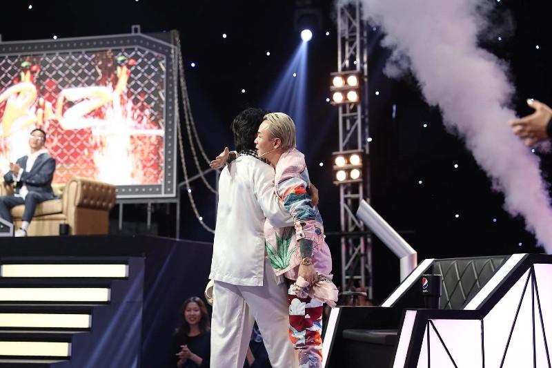 Binz cũng đã hứu hẹn sẽ cùng làm lên lịch sử với Ricky Star trong chương trình.