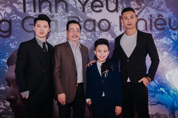 Nguyễn Trọng Hưng tại buổi họp báo ra mắt phim Tình yêu đánh giá bao nhiêu.