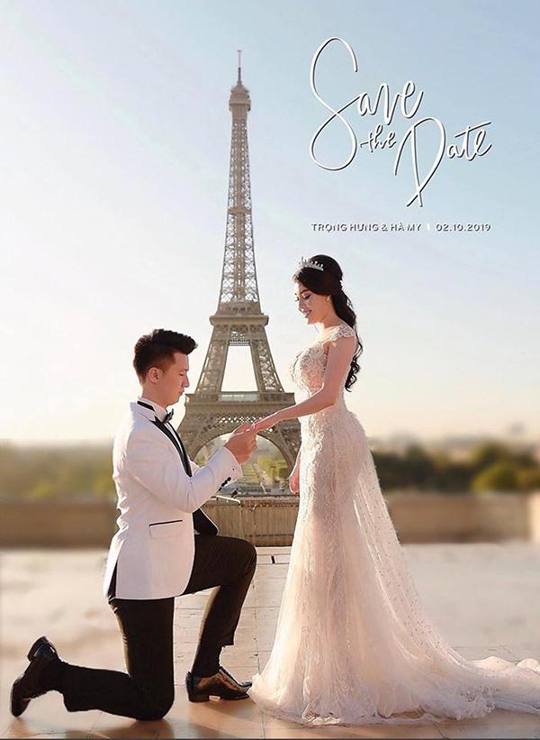 Lời cầu hôn dưới chân tháp Eiffel...