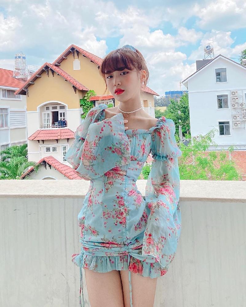 Học hỏi Han Sara 5 tips lên đồ đẹp mê ly cho những cô nàng 'mình dây' 5