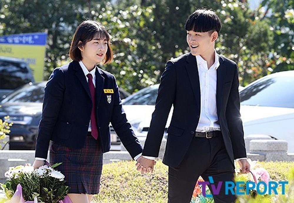 Hai con Choi Jin Sil là Choi Joon Hee và Choi Hwan Hee