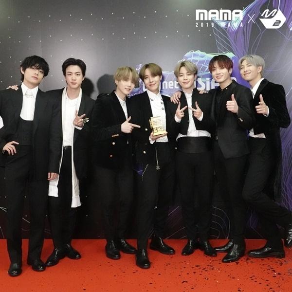 Lễ trao giải MAMA 2020 sẽ được tổ chức tại Hàn Quốc sau 11 năm, BTS là nghệ sĩ đầu tiên xác nhận tham gia? 2