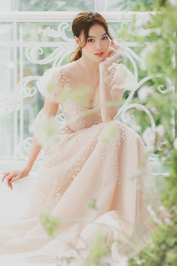 Ninh Dương Lan Ngọc hóa công chúa với loạt váy cưới trong mơ, từ thần thái đến nhan sắc đều xịn mịn 0