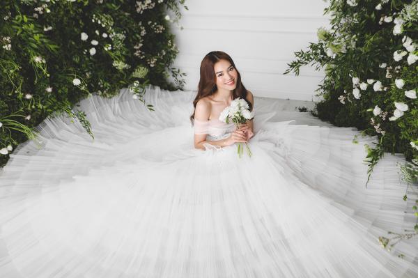 Ninh Dương Lan Ngọc hóa công chúa với loạt váy cưới trong mơ, từ thần thái đến nhan sắc đều xịn mịn 8