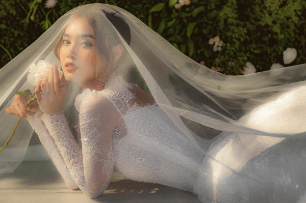 Ninh Dương Lan Ngọc hóa công chúa với loạt váy cưới trong mơ, từ thần thái đến nhan sắc đều xịn mịn 3