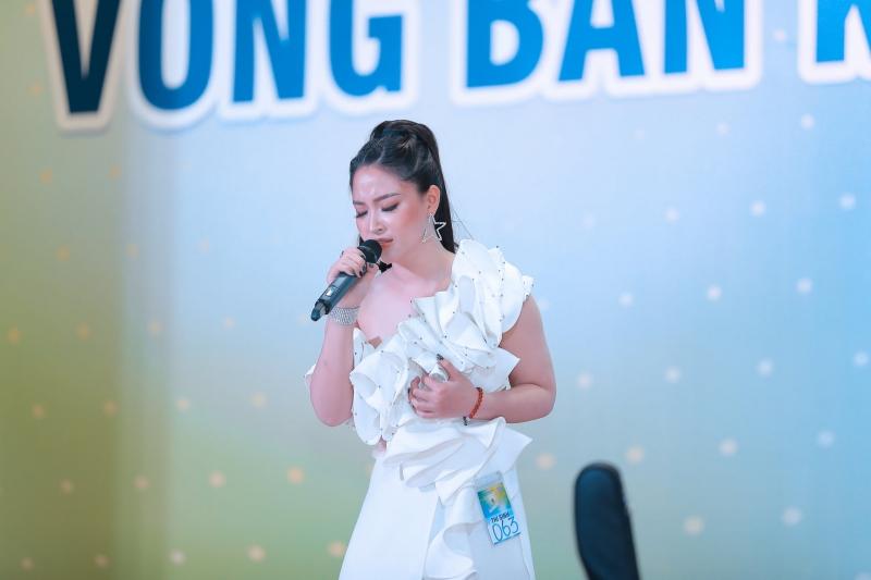 Bùi Dương Thái Hà (sinh năm 1998) – được ví như hoa khôi của cuộc thi năm nay, cô sở hữu ngoại hình xinh đẹp và giọng hát rất cá tính.Thái Hà thể hiện xuất sắc ca khúc Ngược (Hồ Hoài Anh) và đã chinh phục được BGK.