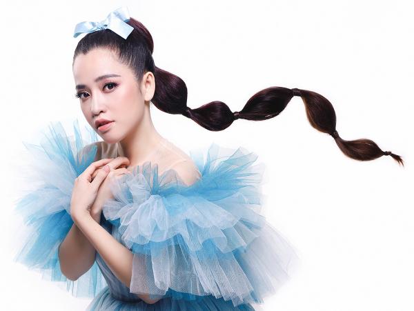 Puka, Khổng Tú Quỳnh, Tường Vi, Huỳnh Tiên,Bảo Hàlà 5 nàng công chúa cuối cùng xuất hiện trong Postershow diễn The Princess 7