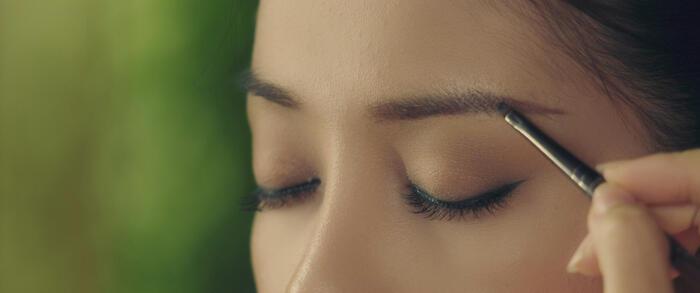 Nhân vật nàng Kiều bị phản ứng vì có lông mày ngang 'chuẩn Hàn Quốc'