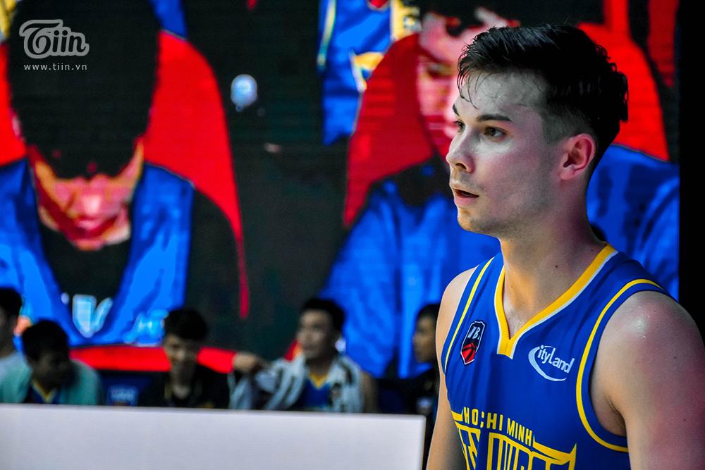 Trọn bộ khoảnh khắc 'cực phẩm' của Vincent Nguyễn vừa được cập nhật từ VBA Arena 6