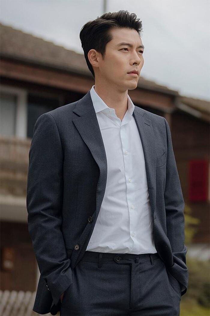 Với vẻ ngoài chững chạc hiện tại Hyunbin chính là mẫu đàn ông được nhiều cô gái tìm kiếm.