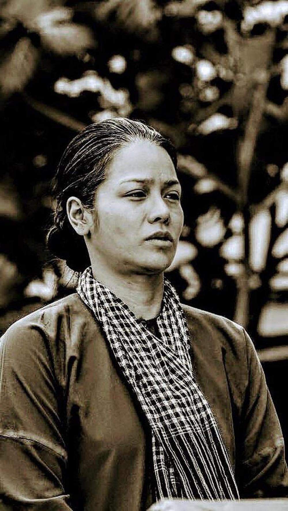 Ai là nữ hoàng phim bi của màn ảnh nhỏ Việt? 13