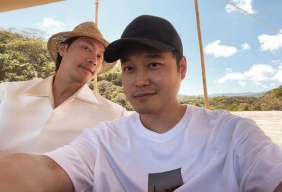 Quang Vinh và Lý Quí Khánh vô cùng thân thiết ngoài đời