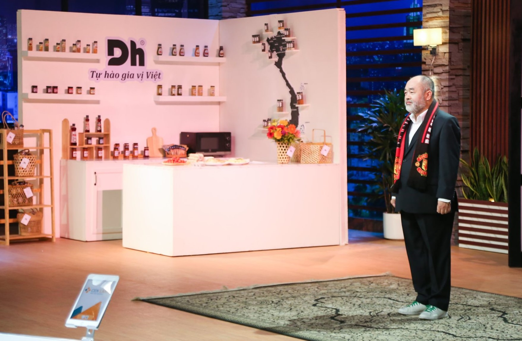 Ông Nguyễn TrungDũng và thương hiệu Dh Foods nổi tiếng ở Việt Nam.