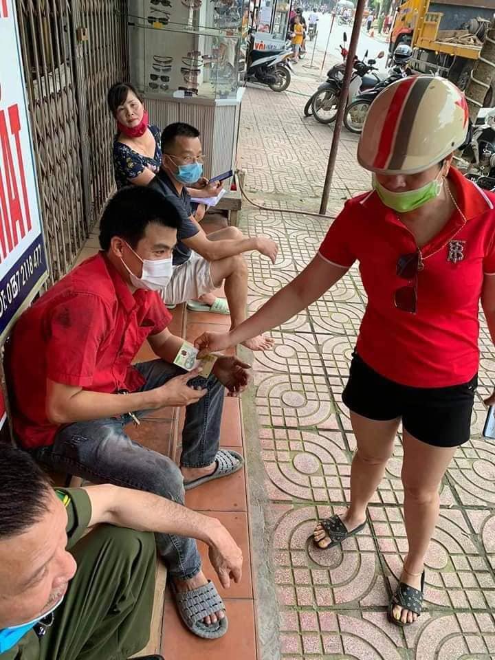 Đánh lái cứu sống 2 người sang đường ẩu ở Hà Giang, tài xế thẫn thờ khi biết thiệt hại gây ra gần 1 tỷ đồng 6