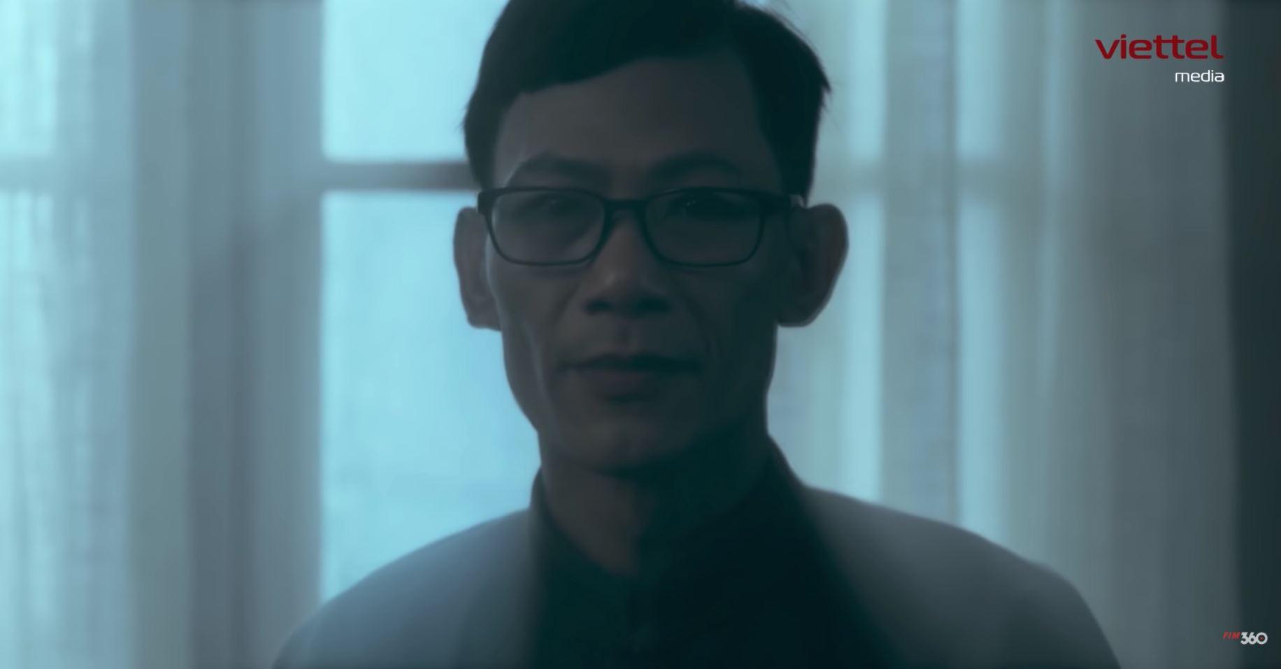 5 vai diễn cameo trong 'Điên Tối': Ai mới là nhân vật 'đáng gờm' nhất? 4