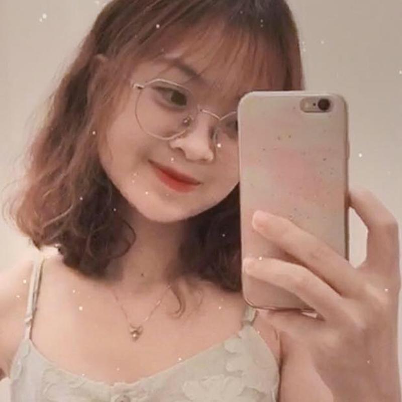 Thu Hiền - cô nữ sinh trong câu chuyện dễ thương