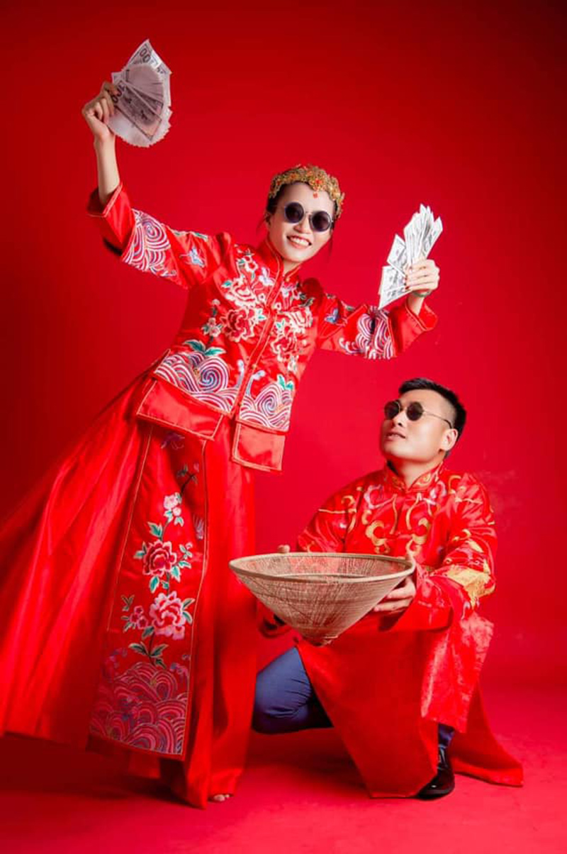 Cô dâu xứ Nghệ trải lòng về lễ rước dâu chỉ vỏn vẹn 6 người giữa mùa dịch, ảnh cũng không kịp chụp 2