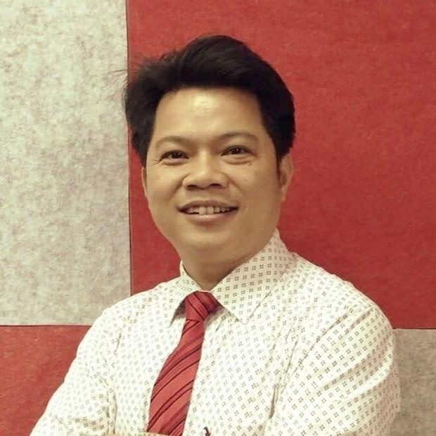 Thầy Phan Khắc Nghệ - Phó Hiệu trưởng trường THPT chuyên Hà Tĩnh.