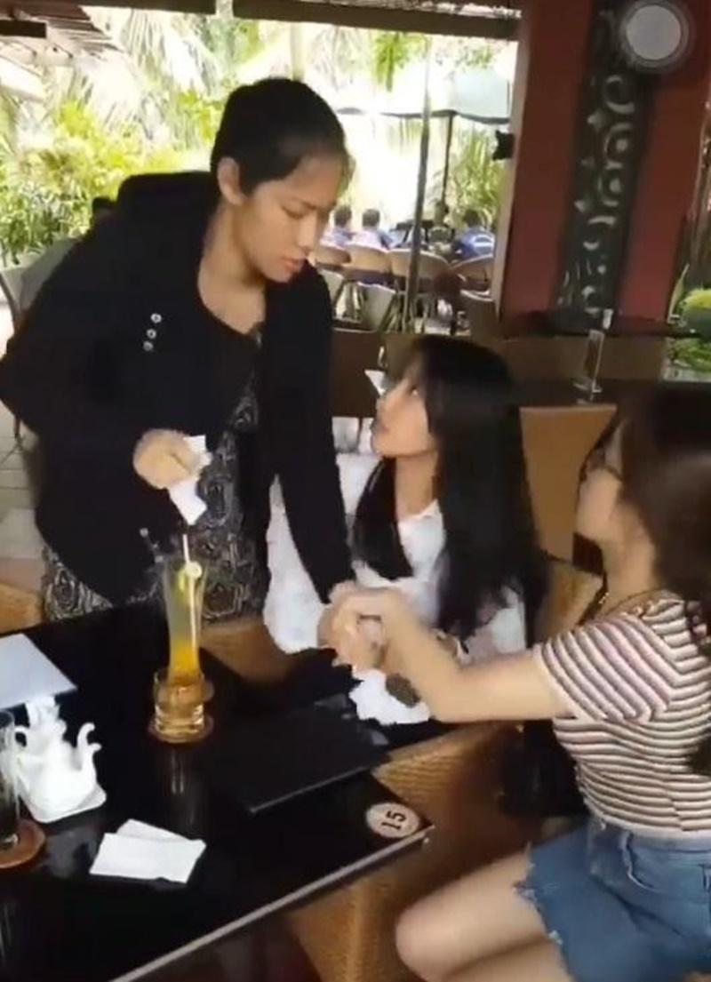 Miss Grand Việt Nam 2021 Nguyễn Thúc Thùy Tiên - Người đẹp mang tiếng 'xé giấy nợ' 1,5 tỷ là ai? 2