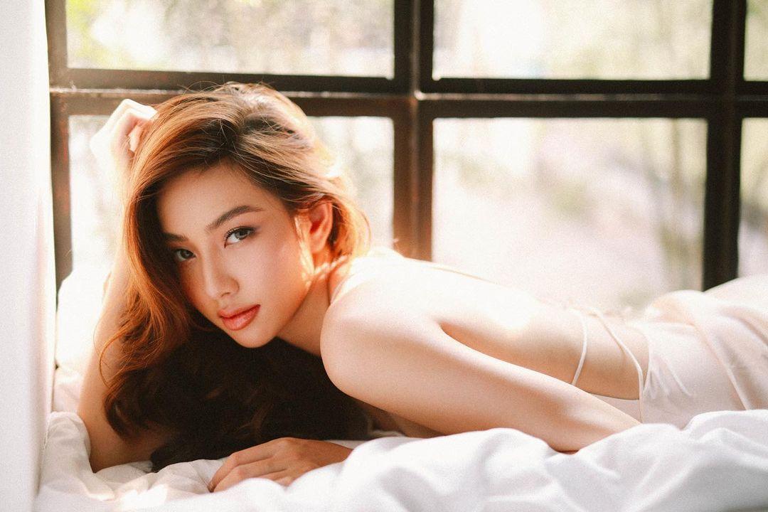Miss Grand Việt Nam 2021 Nguyễn Thúc Thùy Tiên - Người đẹp mang tiếng 'xé giấy nợ' 1,5 tỷ là ai? 8